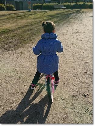 カブ子、自転車の練習中;;;