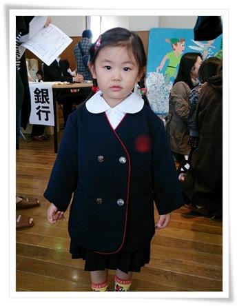 幼稚園の制服試着中(^^)